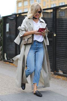 Die besten Streetstyles der London Fashion Week Spring/Summer 2017 #refinery29 http://www.refinery29.de/2016/09/123620/street-style-lfw-ss17#slide-7 Noch mehr Gucci-Liebe...
