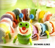 cupcake rups van regenboog kleuren