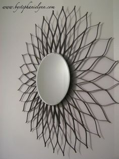 Simple and Cheap DIY Sunburst (Sunflower, Starburst) Mirror Diy Projects To Try, Crafts To Do, Home Crafts, Diy Crafts, Diy Home Decor, Metal Tree Wall Art, Diy Wall Art, Diy Art, Toilet Paper Roll Art