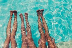 fotos-tumblr-amigas-piscina