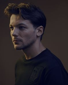 "tmlnsn: ""Louis photographed by Phil Sharp """