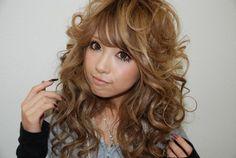 PERFECT-HAIR-OMG - Funayama Kumiko #gyaru Gyaru Hair, Gyaru Makeup, Hair Makeup, Eye Makeup, Ideal Beauty, Pure Beauty, Voluminous Curls, Popular Girl, Light Hair