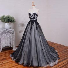 U Long Black White Tulle Gothic Wedding Dresses Vintage Bridal Ball Gowns Black Wedding Gowns, Gothic Wedding, Best Wedding Dresses, Bridal Dresses, Tulle Wedding, Dress Wedding, Trendy Wedding, Wedding Ideas, Vintage Ball Gowns