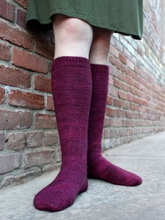 This pattern is super stylish and easy to knit. Made from the top down, these socks are designed with increases over the calf and decreases