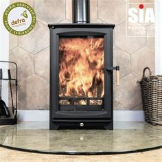 Ecosy+ Hampton Highline 5kw Defra Approved - Ecodesign Ready (2022) - 7 Year Guarantee - Woodburning Stove Cheap People, Stoves For Sale, Into The Fire, Cleaning Wood, Chrome Handles, Steel Plate, The Smoke, Wood Burning, About Uk