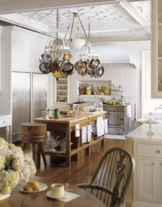 154 Best Classic Kitchens Of Great Design Images Home Kitchens
