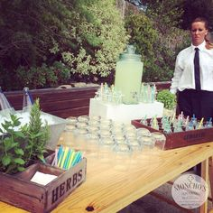 Lemonade - Welcome drink. Bodas by Moncho's. http://www.monchos.com/es/catering