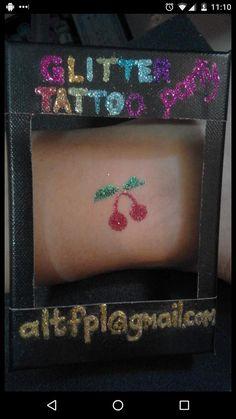 Photo frame for glitter tattoos