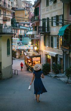 Italian Women Style, Italian Chic, Italian Lifestyle, Italian Girls, Italian Fashion, Italian Street, Italian Men, Italian Beauty, Italian Outfits