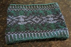 Ravelry: 128 Chunky Fair Isle Cowl pattern by Tanis Gray - free pattern
