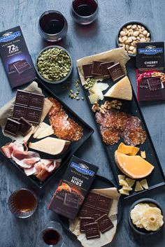 Ultimate Cheese & Charcuterie Platter Pairing with Dark Chocolate Charcuterie And Cheese Board, Charcuterie Platter, Cheese Boards, Crudite Platter, Wine Party Appetizers, Appetizer Recipes, Wine Parties, Meat And Cheese, Wine Cheese