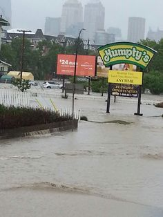 Another pic of Calgary flood - surreal Kindness Of Strangers, Unsung Hero, Some Pictures, Calgary, Mother Nature, Backyard, Canada, The Incredibles, River
