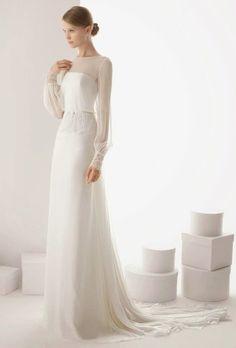 Простое свадебное платье с прозрачным рукавом
