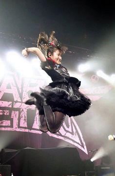 Babymetal    -                  -              -                      -                        -                       -                -                    -         (2016-12-30)