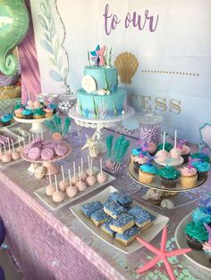 The party dinner at this Mermaid Birthday Party will blow your mind. - The party dinner at this Mermaid Birthday Party will blow your mind. Mermaid Party Food, Mermaid Birthday Cakes, Little Mermaid Birthday, Little Mermaid Parties, Mermaid Themed Party, Mermaid Birthday Party Ideas, 50th Birthday Party Decorations, Mermaid Party Decorations, First Birthday Parties
