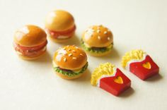 6 pcs Burgers and Fries Cabochon Set CD211/212/213, $4.20