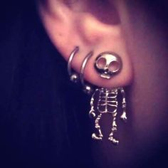 Cute skelleton earrings