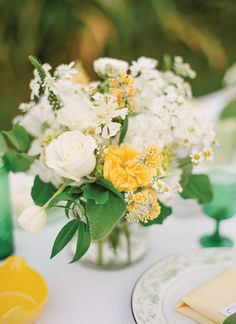 yellow + green centerpiece | KT Merry #wedding