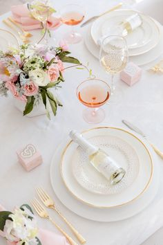 I am SOOO excited that Domino Magazine chose to feature my beautiful Valentine's Tablescape… or Galentine's as they called it!! http://domino.com/fashionable-hostess-valentines-day-tablescape-party-ideas