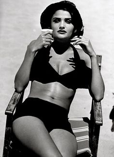 Helena Christensen, one of the poster girls for bohemian chic style:)