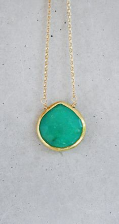 Oh my gosh i crazy love this! $42.00   Mint Chrysoprase Bezel Necklace 14k Gold Filled by shopkei on Etsy