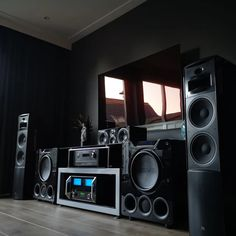 Featured Home Theater System: Nick B. in Grootebroek, Netherlands Home Theater Room Design, Home Theater Setup, Home Theater Rooms, Home Theater Seating, Cinema Room, Home Theater Speaker System, Best Home Theater System, Home Theater Subwoofer, Home Theater Surround Sound