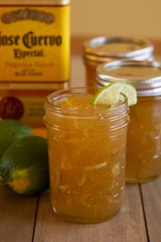 Margarita Marmalade Recipe by Food Fanatic Marmalade Recipe, Making Marmalade, Salsa Dulce, Jam And Jelly, Wine Jelly, Hot Pepper Jelly, Jelly Jars, Dieta Paleo, Jelly Recipes