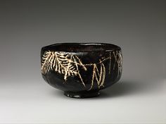 Teabowl,:Style of Ogata Kenzan (Japanese, Edo period mid- to century - Pottery covered with glaze and decorated with designs in slip (Kyoto ware) Japanese Ceramics, Chinese Ceramics, Japanese Pottery, Japanese Art, Ceramic Bowls, Ceramic Pottery, Ceramic Art, Slab Pottery, Stoneware