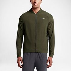 Hands-down best go-to workout outfits from Nike. Great looking gym and training outfits that give you breathability, flexibility, and help wick away. Nike 2016, Mens Fitness, Fun Workouts, A Good Man, Workout Clothing, Workout Outfits, How To Look Better, Stylish, Jackets