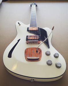 Kauer Guitars Daylighter Series Argonaut... like the bronze hardware with the black and cream