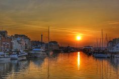 Weymouth Harbour. Weymouth Harbour, Scenic Photography, What A Wonderful World, Wonders Of The World, Portland, Coastal, Sunrise, Beautiful Places, Landscapes