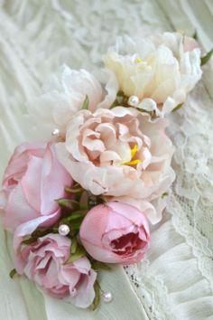 Цветы из шелка ручной работы