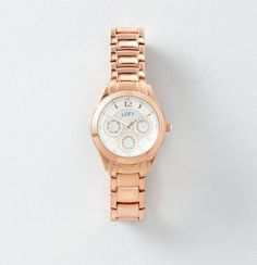 We love this Round Metal Pave Watch! A classic watch paired with fun bracelets makes great arm candy.