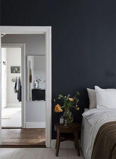 Trendenser Swedish Interior Blog Warm Blue Wall | Scandinavia Standard - Six Swedish Interior Design Blogs You Should Be Reading
