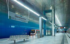 Haltestelle UeberseequartierCredit: Gestaltung netzwerkarchitekten; Foto: Jens Weber. Subway Metro- Hamburg