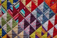 cool hst's - I love half square triangles and I am gonna do me one of these as soon as I can! xx