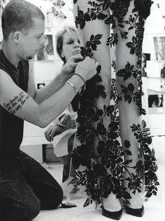 Alexander McQueen, sewing.
