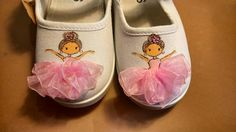 Custom Painted Shoes, Painted Canvas Shoes, Painted Sneakers, Painted Jeans, Painted Clothes, Hand Painted Shoes, Custom Shoes, Doll Shoes, Kid Shoes