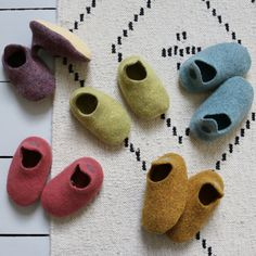 Upper & Inner - Boiled Merino Wool Sole - Soft leather Available sizes select from size bar. These beautiful Limited edition* slippers are hand mad. Fashion Room, Kids Fashion, Baby Couch, Pixie, Gender Neutral Baby Clothes, How To Purl Knit, Kid Styles, Baby Wearing, Boho Baby