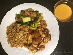 """Homemade Chicken & Shrimp Hibachi """"Japanese steakhouses: we love them, but frequent dining can become expensive. I've re-created my favorite hibachi meal, chicken and shrimp, and it honestly tastes. Hibachi Recipes, Seafood Recipes, Chicken Recipes, Dinner Recipes, Cooking Recipes, Copycat Recipes, Asian Recipes, Healthy Recipes, Ethnic Recipes"""