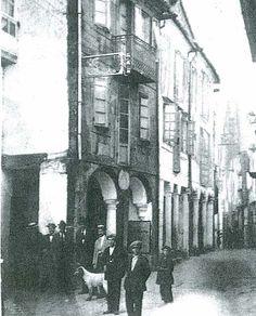 Cuando la rúa do Franco todavía contaba con unos soportales. Principios del siglo XX Foto antigua de Santiago de Compostela