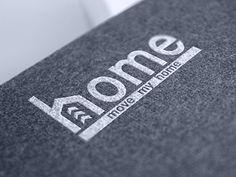 Главная розничное обслуживание дизайн логотипа личность ramotion