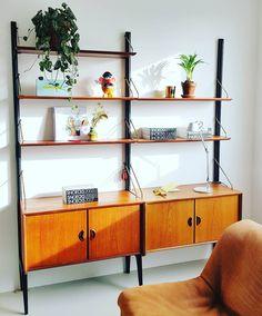 Interieur, design, vintage, Louis van Teeffelen, Webe, shelves, Snoecks Vintage Designs, Shelving, Create Your Own, Interior Design, Cool Stuff, Instagram, Home Decor, Shelves, Nest Design