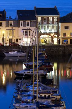 Ilfracombe Harbour, 2013 by KlandenUK