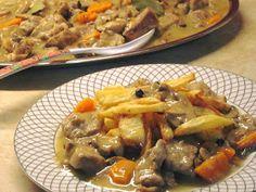ΜΑΓΕΙΡΙΚΗ ΚΑΙ ΣΥΝΤΑΓΕΣ 2: Λεμονάτο χοιρινό κατσαρόλας !!!! Cookbook Recipes, Lunch Recipes, Meat Recipes, Dinner Recipes, Cooking Recipes, Healthy Recipes, Mumbai Street Food, Dairy Free Diet, Mediterranean Recipes