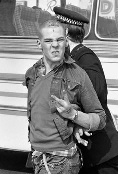 Skinhead.... Iconic cult pic