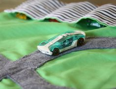 Handmade Christmas Gifts: Car Roll Up - The Shabby Creek Cottage