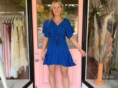 Posts Business Help, Short Sleeve Dresses, Posts, Fashion, Moda, Messages, Fasion, Trendy Fashion, La Mode