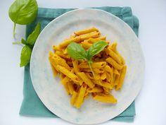 Pasta on salsa de nuez y pimientos | Piloncillo&Vainilla