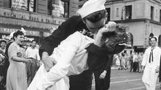 Muere la mujer de la icónica fotografía del beso en Times Square cuando acabó la…